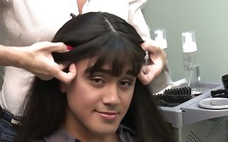 How a wig change a man to a woman